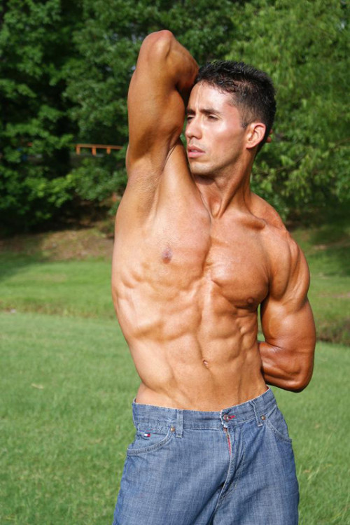 yoga_bodybuilding_benefits_h